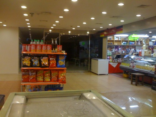 Dandy's bogarted a bunch of Hannam's old shelves and stock